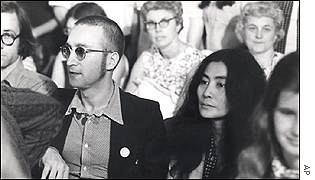 In A Message Posted On Julianlennon He Blamed Johns Fear Of Fatherhood And His Relationship With Yoko Ono